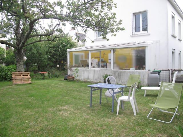 Maison de ville avec jardin - Hennebont - Dom