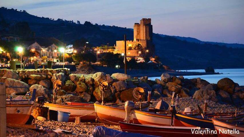 Vicinanza  castello Federiciano - Roseto Capo Spulico