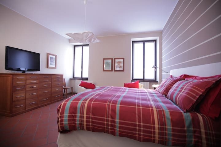 La Corte e L'uva - Olgiate Comasco - Bed & Breakfast