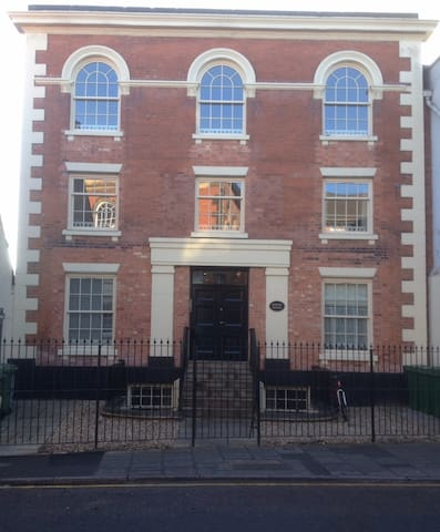Apartment in Georgian conversion - Newark-on-Trent