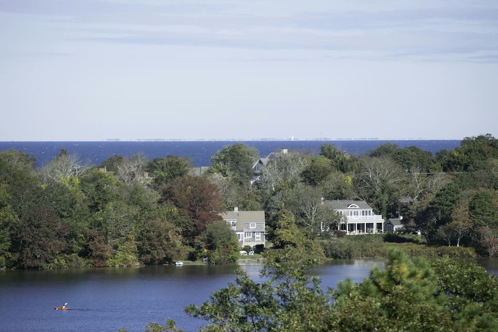 Views of Scargo Lake and Cape Cod bay from most rooms