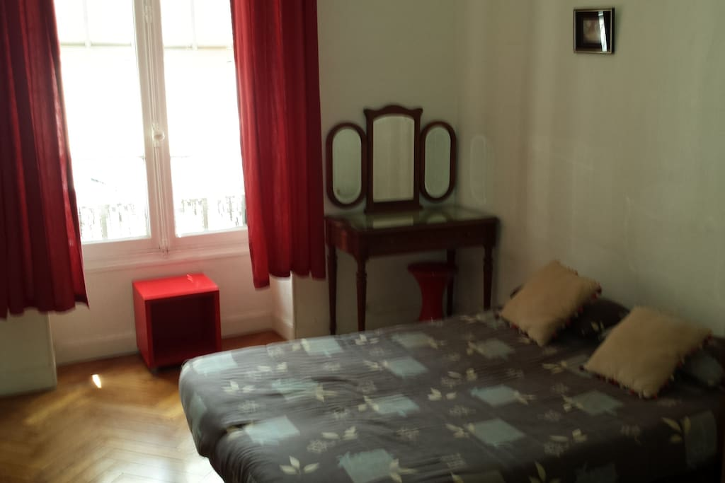Belle chambre priv e centre nice appartements louer for Chambre a louer nice
