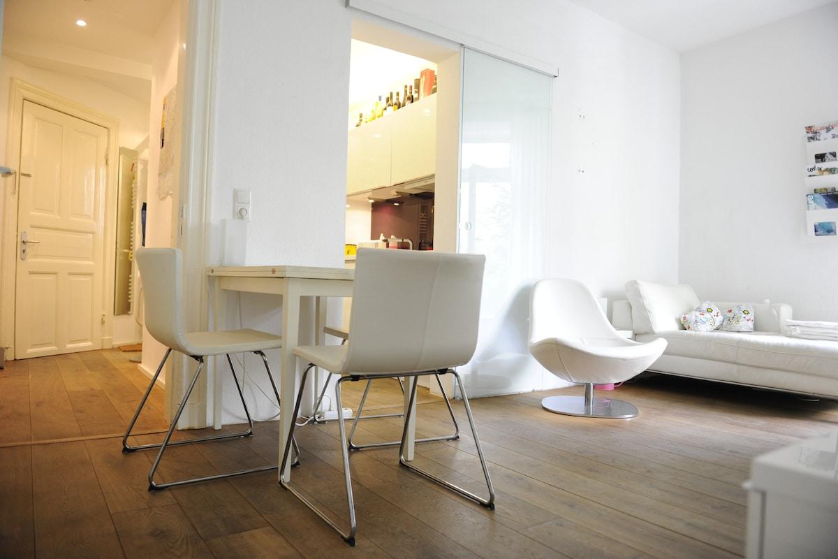 Schöne Moderne 2 Zimmer Mit Garten   Wohnungen Zur Miete In Hamburg,  Hamburg, Deutschland
