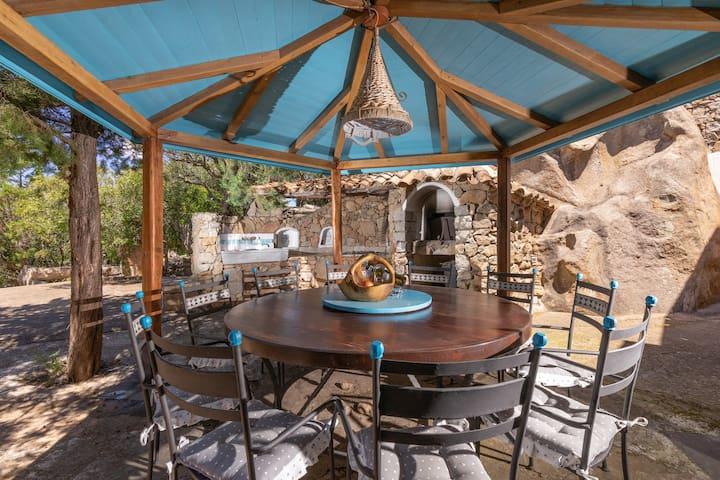 Villa méditerranéenne avec piscine, terrasse, jardin et WLAN