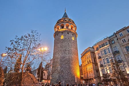 Amazing Flat with Galata Tower View