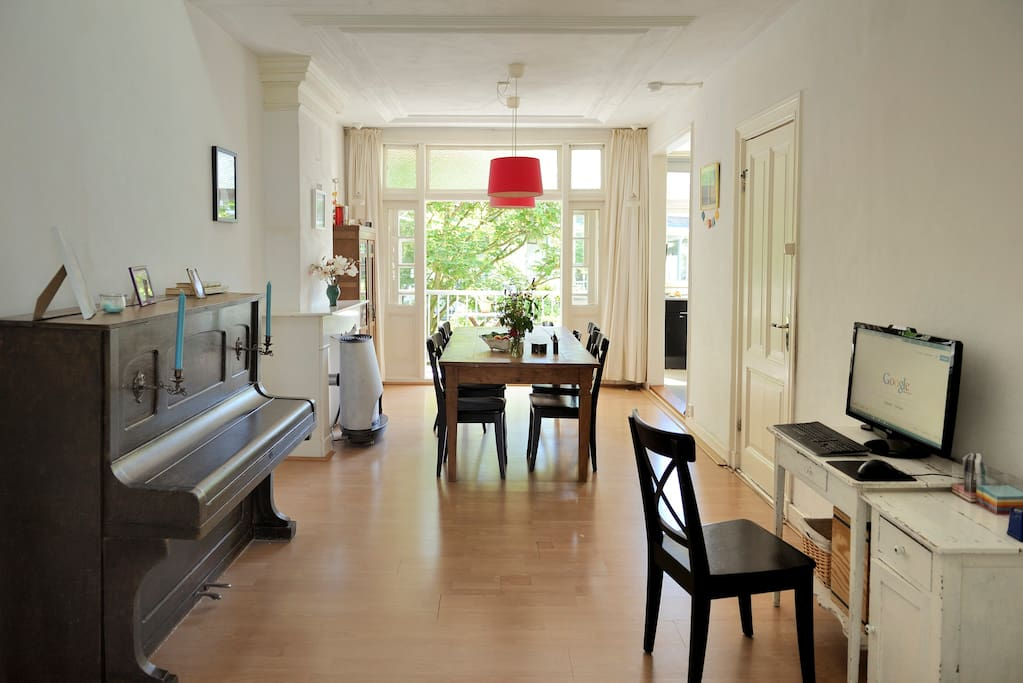 Three Floors Spacious Family Appartment In De Pijp Townhouses For Rent In Amsterdam Noord