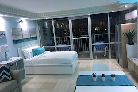 A true paradise ! Welcome to the beach supenthouse