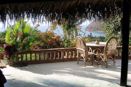 Casa Arriba overlooking Yelapa Bay - Yelapa - Villa