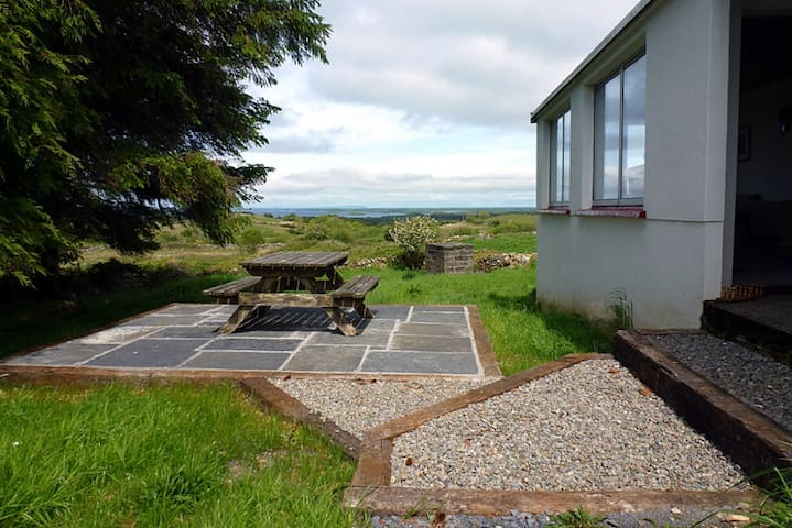 Cottage with breathtaking views - Galway - Casa