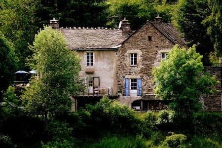 Gîte de l'Escoutal - Le Bleymard - Guesthouse