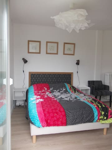 1 double room with terrasse - St-Malo - Rumah