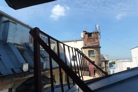 Под крышей Петербурга - Apartament