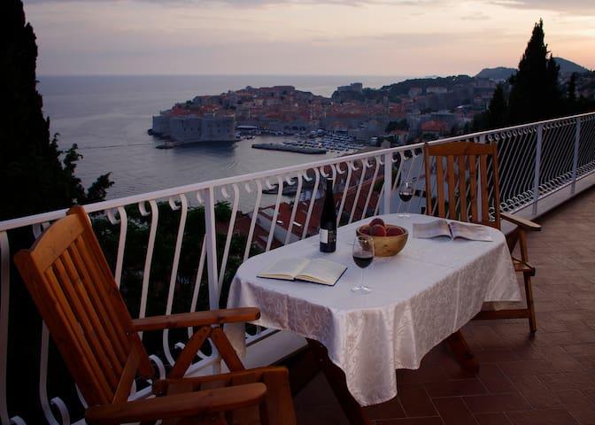 ANA BON BON with amazing view!!