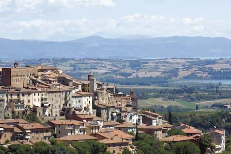 APPARTAMENTO A CHIANCIANO TERME - 基安奇安諾泰爾梅(Chianciano Terme)