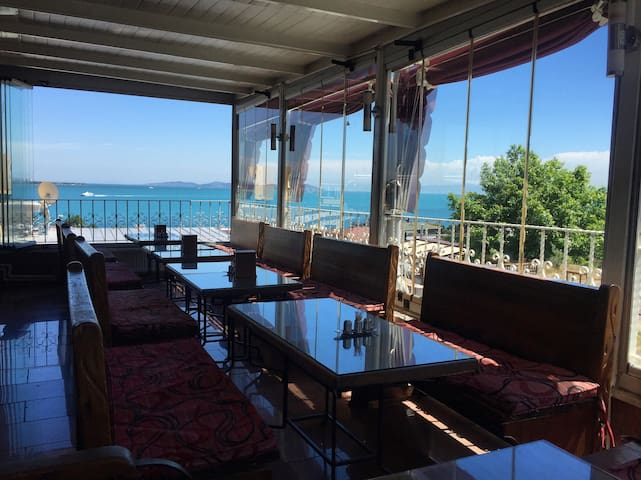 Antique Hostel, 1 Bed in 4 Bed Sea View