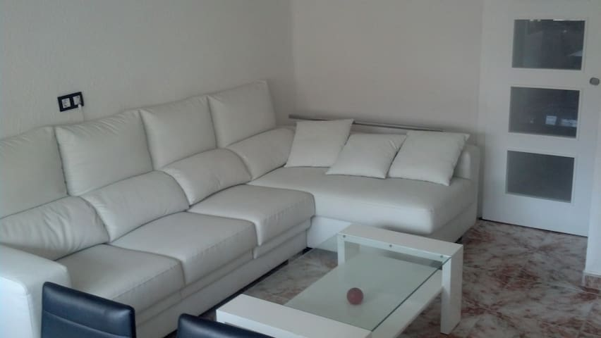 HABITACIÓN GRANDE  + WIFI! - Mislata - Apartament