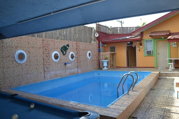 Tagaytay Vacation House for 30 max