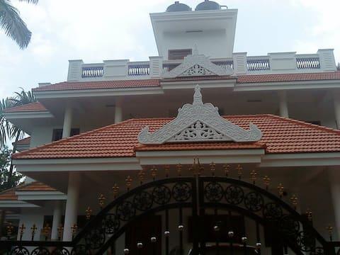 Near Kochi Airport, DRO Homes - Double Room Non AC