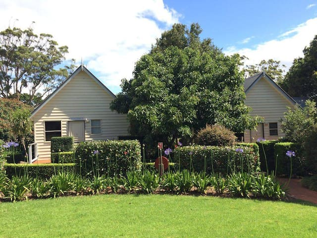 Tamborine Gardens Cottages