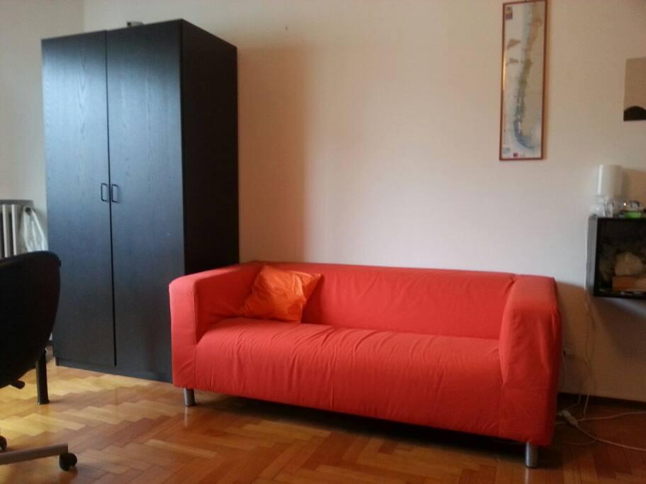 Stanza extra comfort a c e wifi appartamenti in affitto for Appartamenti in condivisione milano