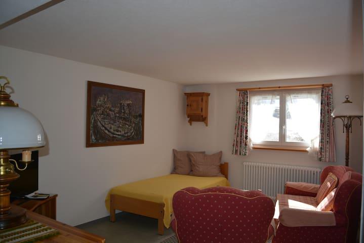 Ferienwohnung Haus 'Uf Christlis' Klosters