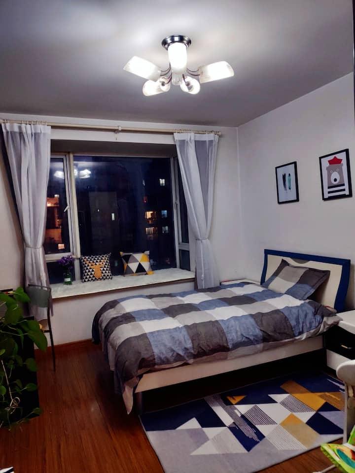 莘庄地铁站附近电梯温馨独立大卧室,只等有缘的你