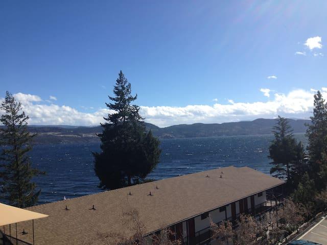 Beautiful Lakeside Resort