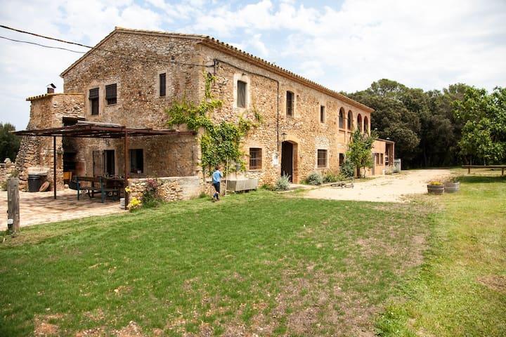 Masia en el Alt Empordà  - Canelles - Haus