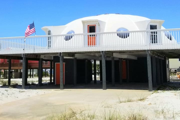 The Spaceship House!  Navarre Beach Area 51