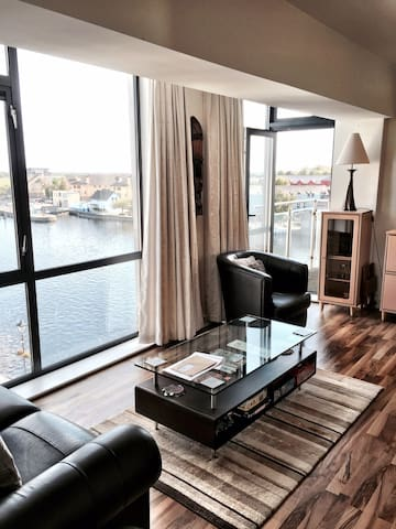 Apartment overlooking the Shannon