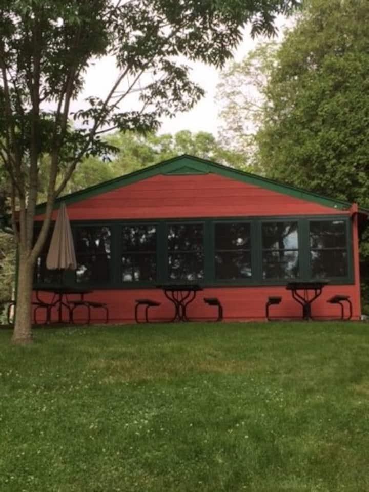 Cabin on Lake Ripley, Cambridge WI