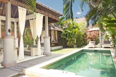 2 bedroom villa in seminyak. - Kerobokan - วิลล่า