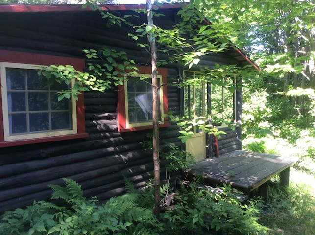 Rustic Cottage for 2 - Saint-Aubert