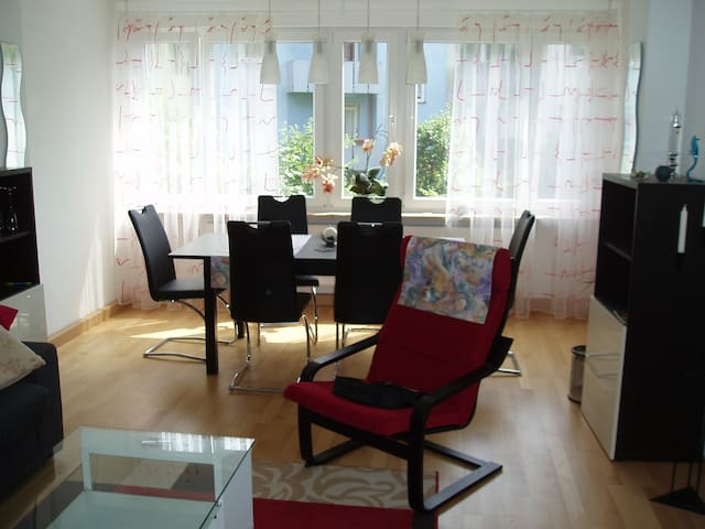 Bright and quiet old town apartment - Nürnberg - Квартира