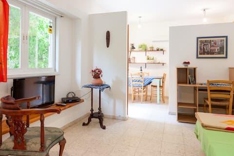 one room studio apartment +  garden