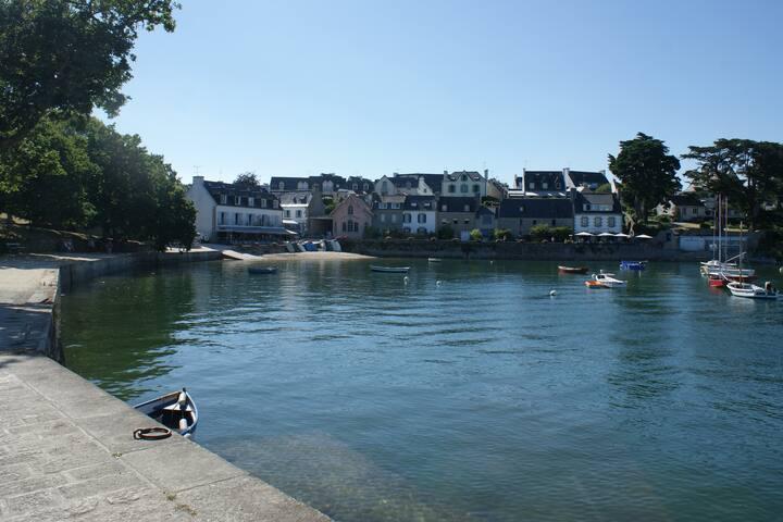 Le port de Ste Marine à 2 pas de l'appartement MATELOT