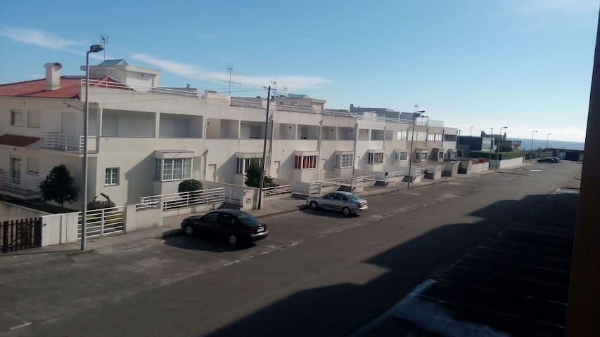 Apartamento T3 - Amorosa 50m do Mar