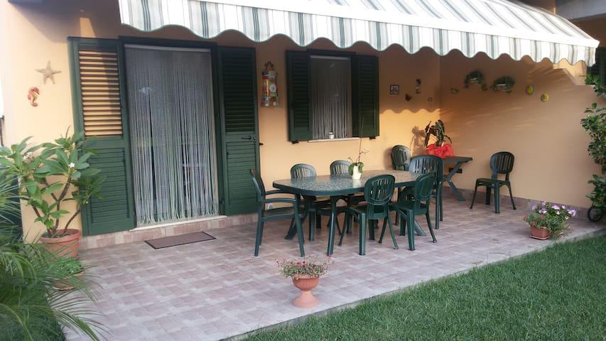 Sweet Home in Villaggio residenziale vicino Cefalù - Campofelice di Roccella - Leilighet