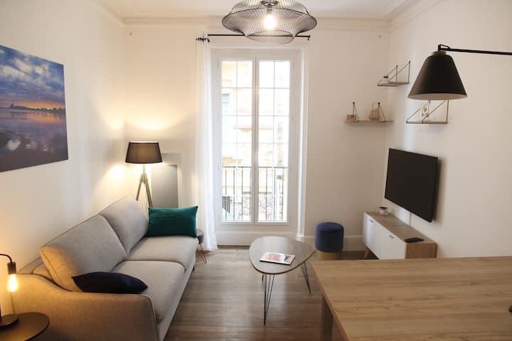 Très bel appartement rénové à 10m de la plage