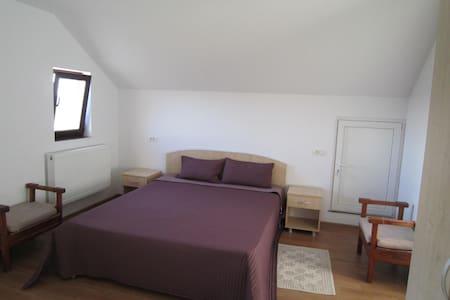 Big bright room top floor - Mangalia