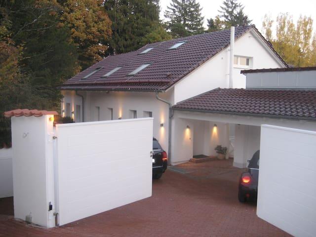 Freistehendes Einfamilienhaus - Althütte - Hus