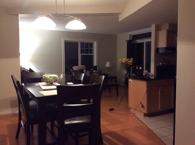 Large luxury 2 bedroom - Halifax - Pis