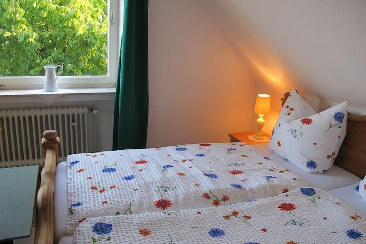 Gästezimmer... etwas anders (22qm) - Greven - Szoba reggelivel