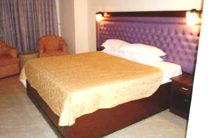 Furnished Room with AC in Peaceful Environment