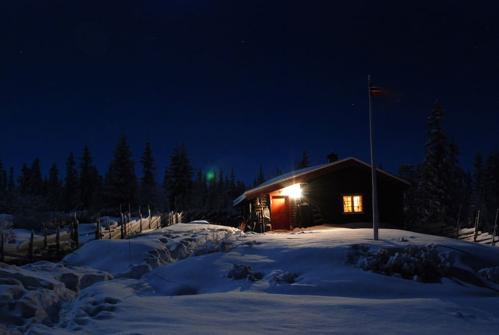 Timber cabin, with snow guaranty from November until May.