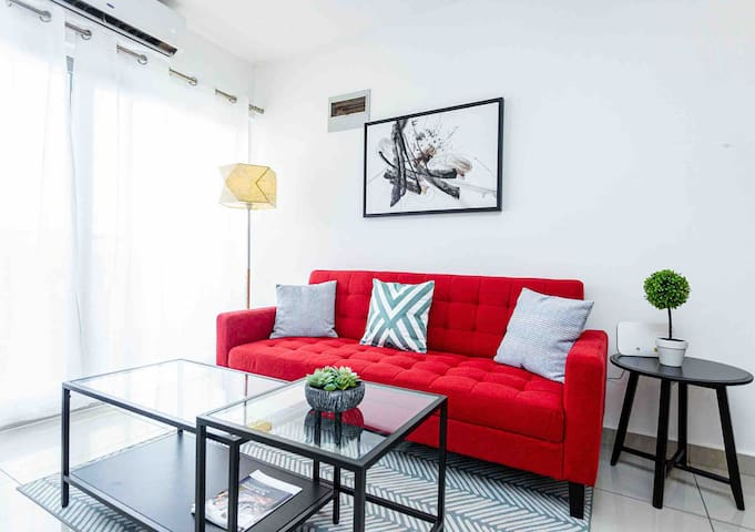 Luxury One bedroom apartment @ Clifton Gallery
