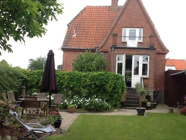 Hyggelig villa - Middelfart - Flat