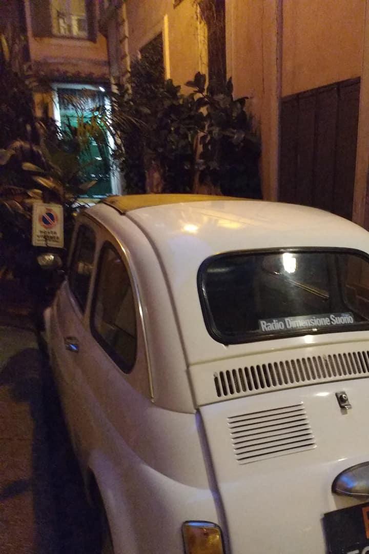 A classic Roman car for classic Rome