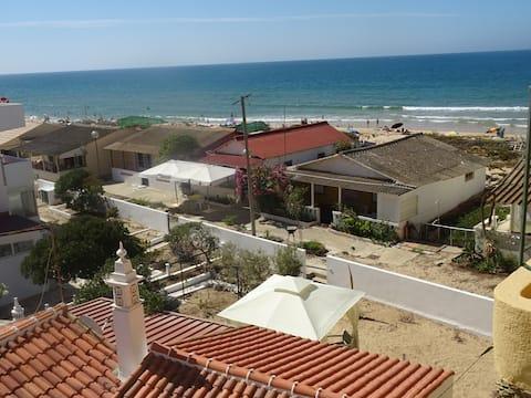 Dunya Zimmer!Pures Faro Beach Feeling,nur wenige Schritte vom Meer entfernt!