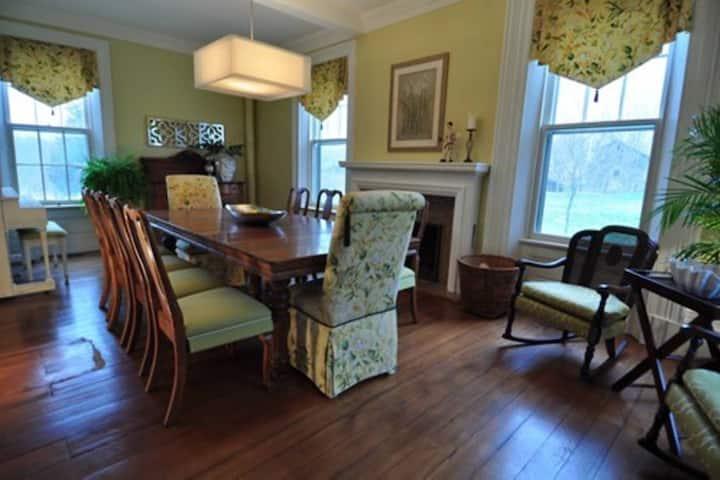 Cleadon House Bed & Breakfast Walnut Room